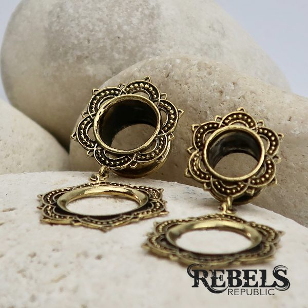 Nirvana Dangle Tunnels