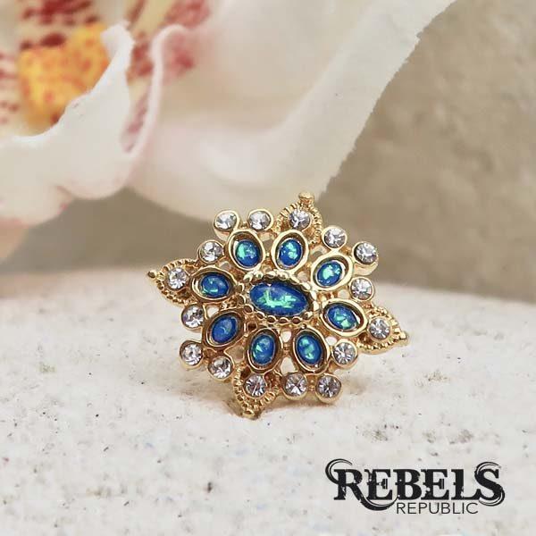 Roesia Tragus Earring