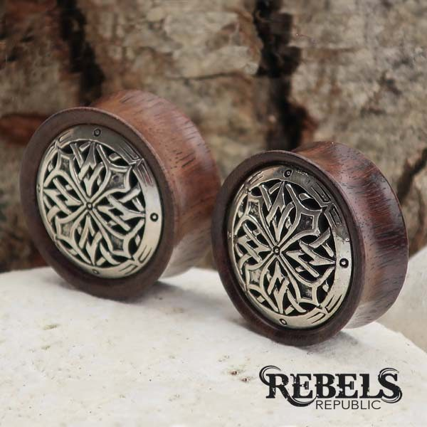 Gothic Cross Plugs