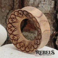 Hearty Wood Tunnels