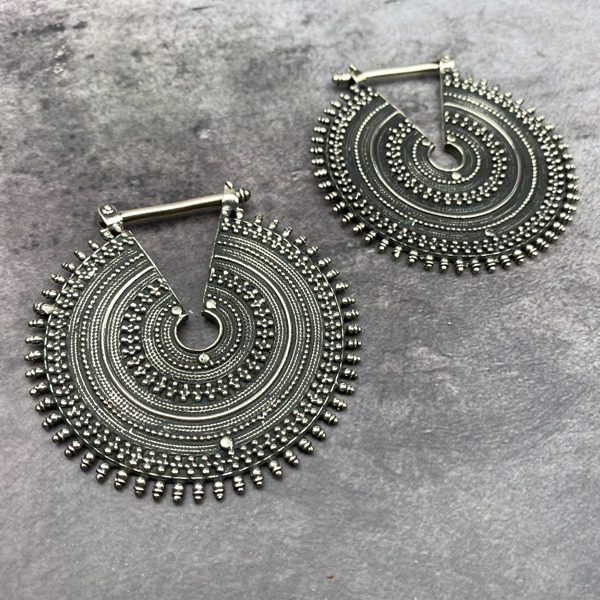 The Queens Earrings Large