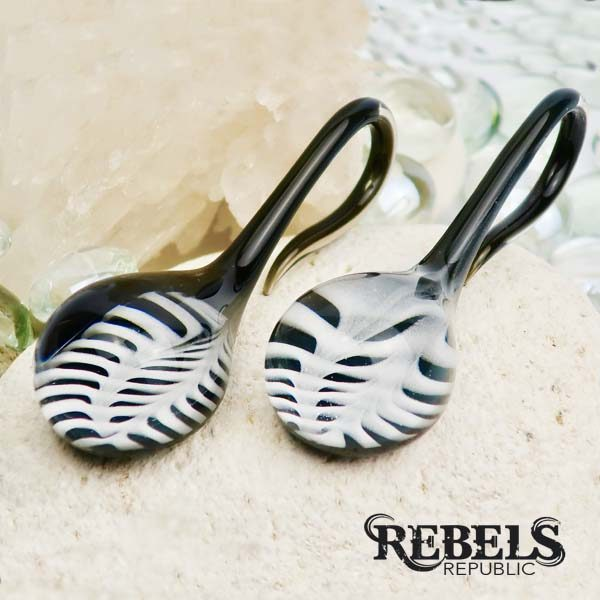 Feather Lagrimas Ear Weights