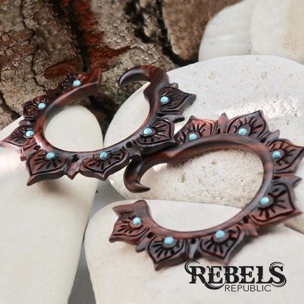Riah Ear Weights